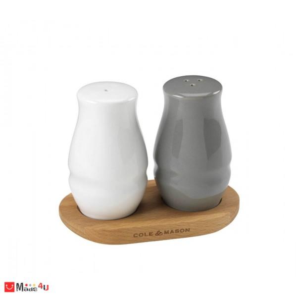 Комплект 3 части за сол и пипер на дървена поставка - COLE & MASON